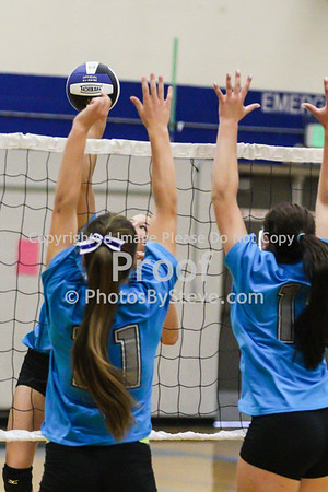 9 12 15_SW_Volleyball_Invite_PBSteve_IMG_5973