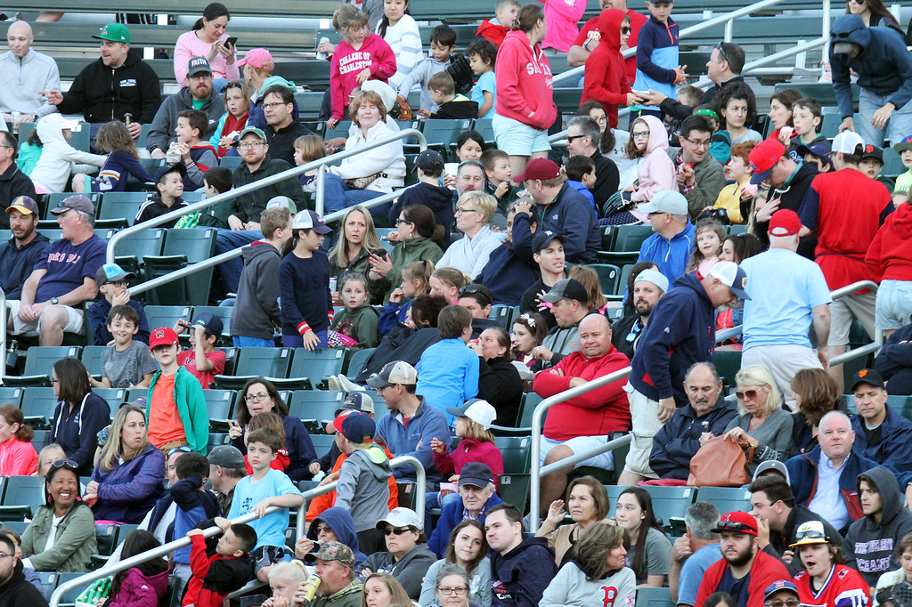 . Crowed at Lowell Spinners baseball opening day game vs Connecticut Tigers.  (SUN/Julia Malakie)