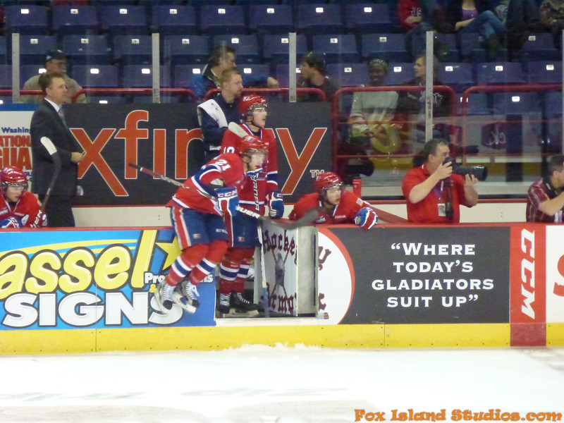 Spokane Chiefs Hockey courtesy of Gary Petersen w Bill Reynolds-034