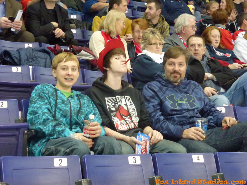 Spokane Chiefs Hockey courtesy of Gary Petersen w Bill Reynolds-038