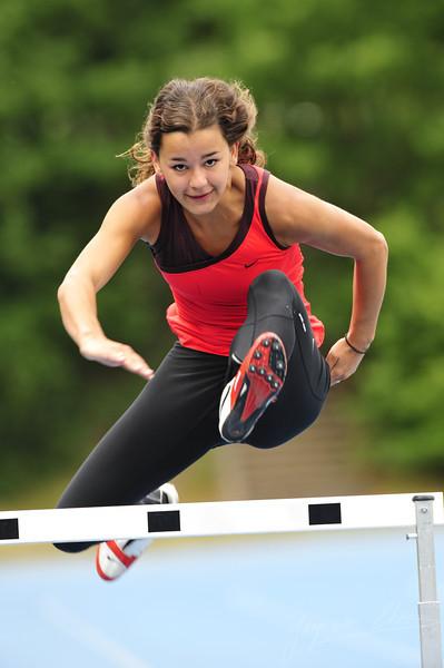 Rachel Kooten training on the hurdles (Sportcentrum Papendal, Arnhem)