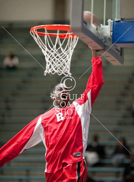 The Cardinals of Bellaire High School play the Redskins of Lamar at Houston ISD's Delmar Field House in a game of boys varsity basketball. Bellaire wins.