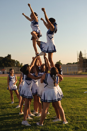 090904Cheer_Football_Chaffey0097-60