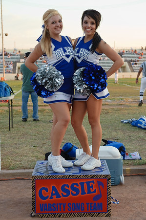 090904Cheer_Football_Chaffey0202-128