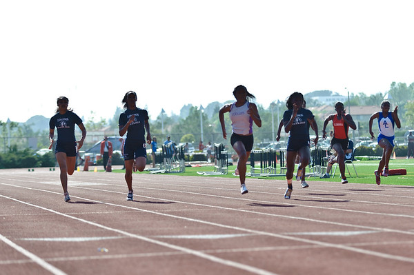 110506_LOHS-Track&Field_31098-90