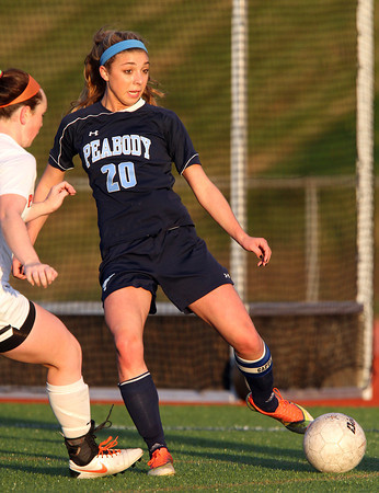 Beverly: Peabody senior captain Madison Doherty (20) controls the ball against Beverly on Friday evening. David Le/Salem News