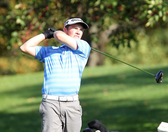 Salem: Danvers sophomore Mike Plansky tees off on the 10th hole during the NEC Golf Open on Thursday afternoon at Tedesco Country Club. David Le/Salem News