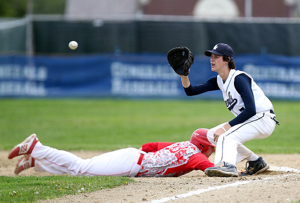 FOR FILE PHOTOS: Hamilton-Wenham senior Henry Eagar (11). DAVID LE/Staff photo. 5/20/14
