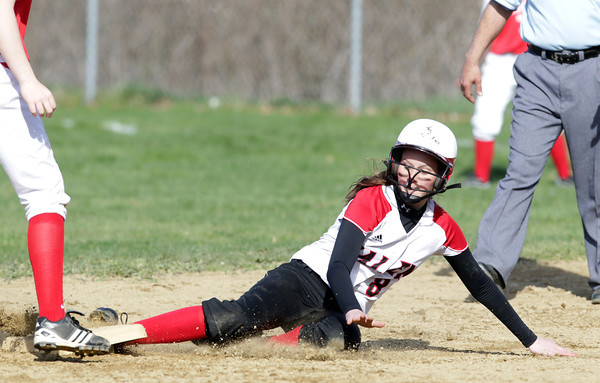 Salem: Salem's Hannah van de Stat slides safely into second base on a successful steal attempt. David Le/Salem News