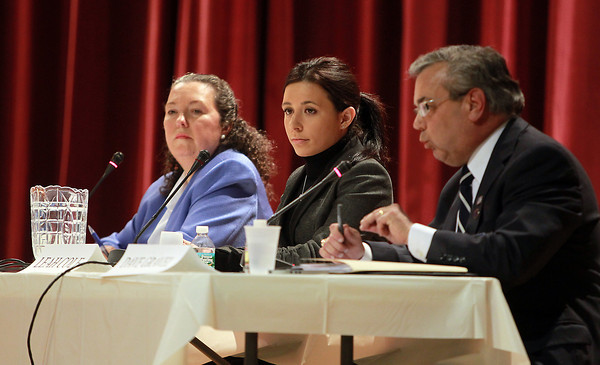 Peabody: From left, Candidates for Peabody State Representative Beverley Griffin Dunne, Leah Cole, and David Gravel participated in a forum sponsored by the Salem News and the Peabody Chamber of Commerce on Wednesday evening. David Le/Salem News