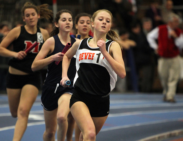 Boston: Beverly High School junior Jess Goodall leads the first leg of the 4x800 relay at the NEC Indoor Track Championships at the Reggie Lewis Center in Boston. David Le/Salem News