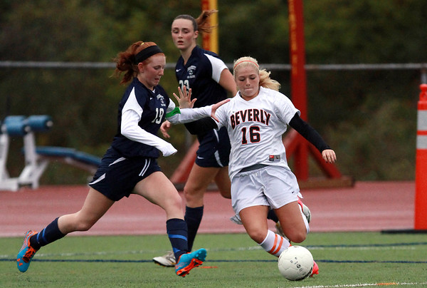 Beverly sophomore Eva Gourdeau, right, and Swampscott senior Tess Gorman, left, battle for possession of the ball on Thursday afternoon. David Le/Staff Photo
