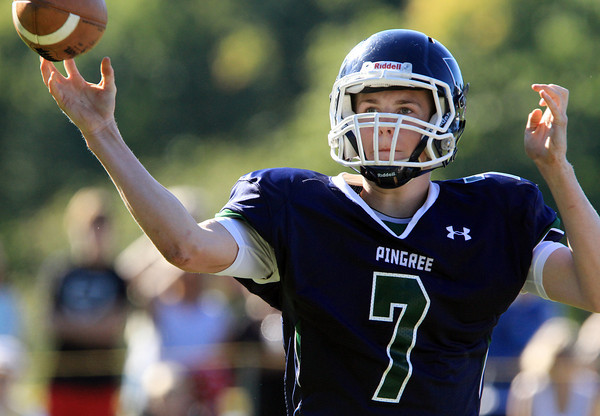 South Hamilton: Pingree sophomore quarterback Griffin Beal fires a pass against the Tilton School on Saturday afternoon. David Le/Salem News