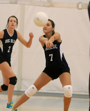 Swampscott: A Swampscott player (#7) bumps the ball to a teammate against Salem on Friday afternoon. David Le/Salem News