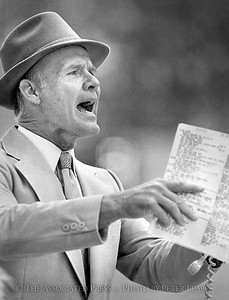 1980 Dallas Cowboys Head Coach Tom Landry