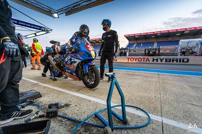 #34 JMA MOTOS ACTION BIKE (FRA) Suzuki GSXR-1000 SST CARRILLO Cyril * (FRA) BONNET Julien (FRA) CUDEVILLE Maxime (FRA)