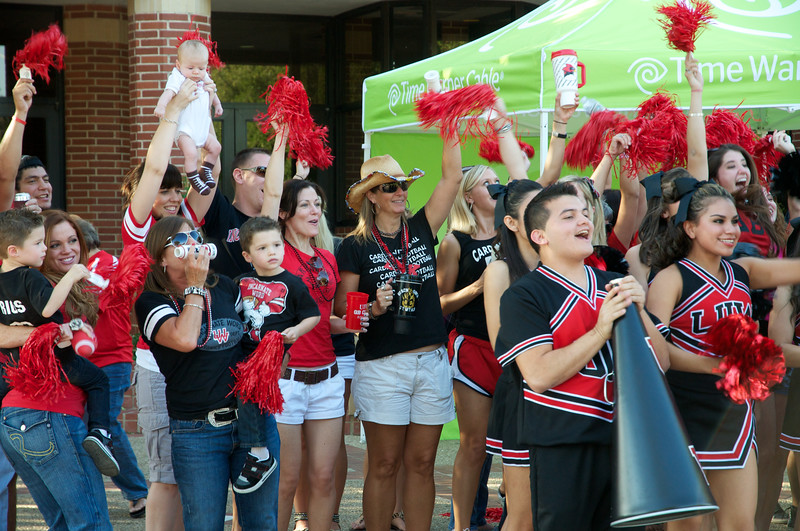 FB-UIW vs Midwestern_20111001  001
