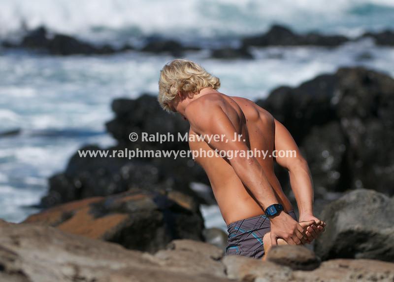 Surfing-Ho'okipa_02022010  075