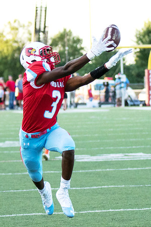 Globe|Israel Perez<br /> Webb City's Elijah Robinson (3) can't quite make the catch during their game on Friday night against Republic at Cardinal Stadium in Webb City.