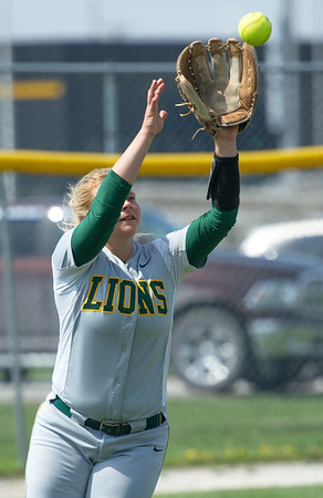 Missouri Southernm leftfielder Shelby Friend handles a long fly ball during the Lions' game against Southwest Baptist on Tuesday at MSSU.<br /> Globe | Laurie SIsk