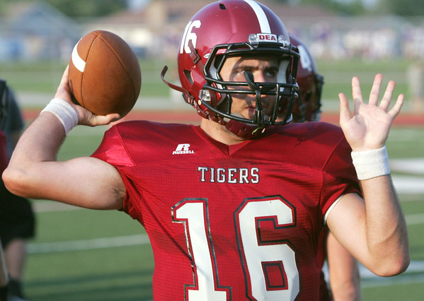 Globe/Roger Nomer<br /> Nevada's Alex Payne loosens up before Friday's jamboree in Carl Junction.