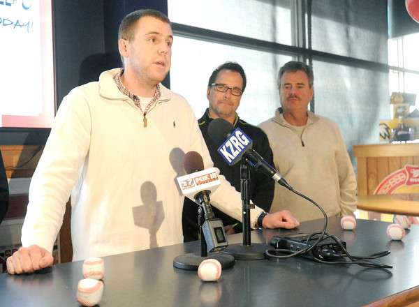 Shawn Suarez addresses the media at a press conference at Buffalo Wild Wings on Wednesday. The ownership group is planning a contest to pick the name for the new professional baseball team in Joplin.<br /> Globe | Laurie Sisk