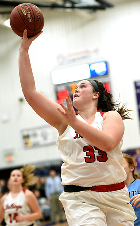Carl Junction's Katie Scott breaks free for a score during the Bulldogs game against Chanute in the opening round of the Bill Hanson Memorial Tournament on Wednesday night at Pittsburg High School.<br /> Globe | Laurie Sisk