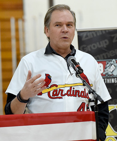 Cardinals broadcaster Rick Horton talks to fans during the Cardinals Caravan's stop in Joplin at Missouri Southern on Saturday.<br /> Globe | Laurie Sisk