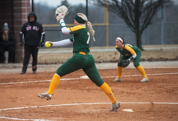 Missouri Southern's Abby Atkin delivers a pitch during Friday's game against William Jewell at Missouri Southern.<br /> Globe | Roger Nomer
