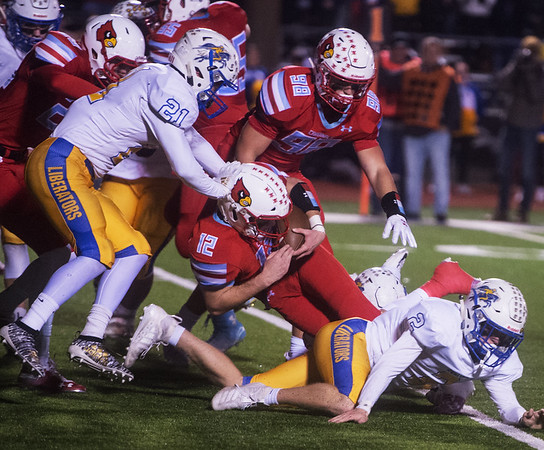 Webb City's Cade Hicks runs the ball against Boliver during Friday's game in Webb City.<br /> Globe | Roger Nomer