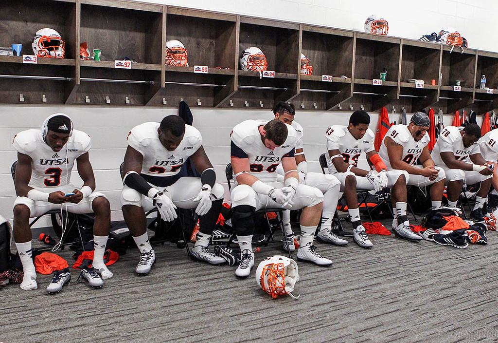 NCAA Football: Texas-San Antonio at Houston