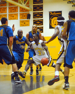 20100218_MCC Basketball_0617a