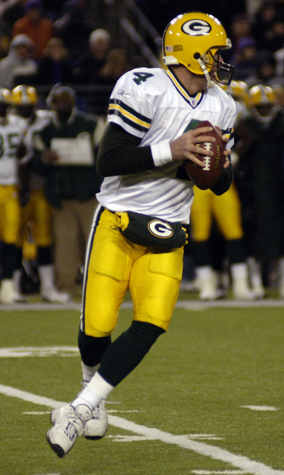 Future Hall of Fame QB Brett Favre drops back int the pocket on Monday night looking for anyone that can catch his hot pass.