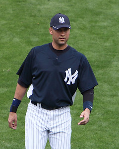 Derek Jeter warrming up before game