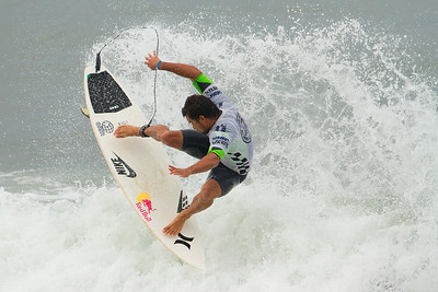 Mechel Bourez (Tahiti) - 2013 U S Open of Surfing