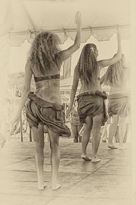 Aloha Hula Girls B & W