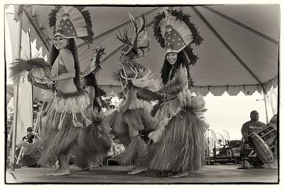 Happy Hula! B&W