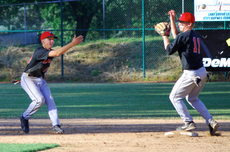 Double play<br /> Clackamas vs. Lakeridge (6-29-09)