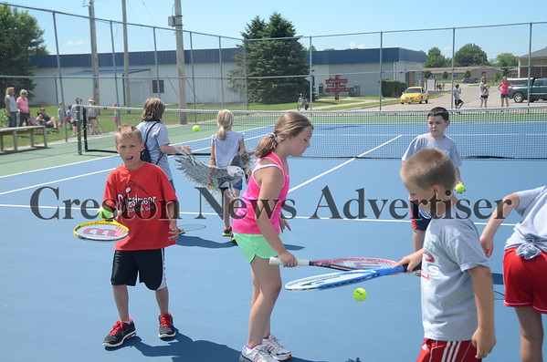 06-26 Youth tennis clinic