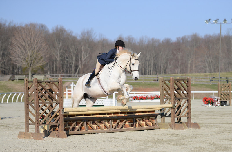 Rider: Ashley Yeaton<br /> Horse: Arthur<br /> School: Sweet Briar College