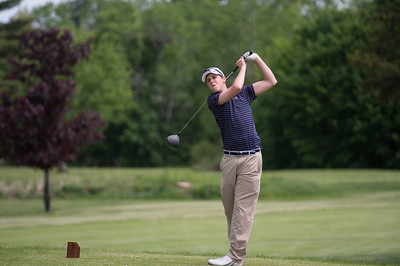 Boys' Varsity Golf plays in the Founders' League Championship