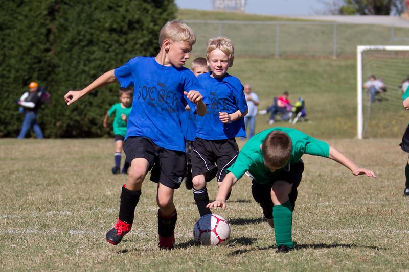 101610e-Blue-Green-Soccer-2594