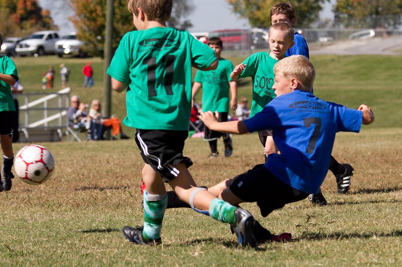 101610e-Blue-Green-Soccer-2699