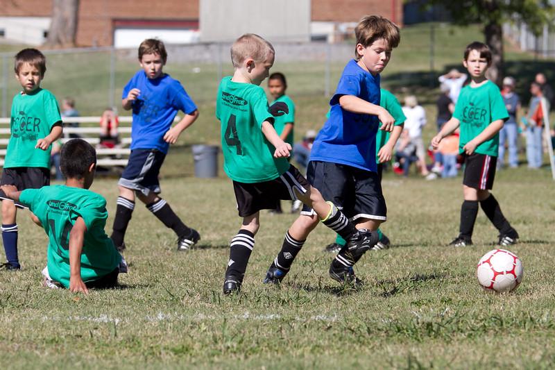 101610e-Blue-Green-Soccer-2824