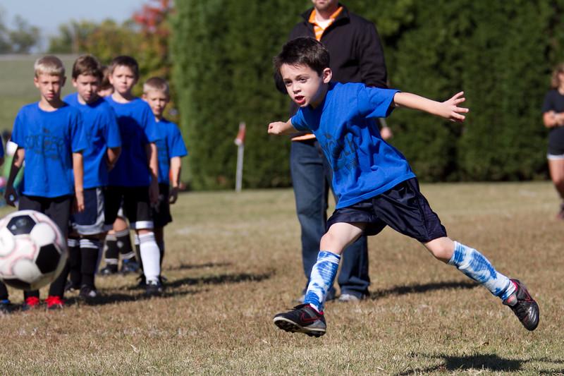 101610e-Blue-Green-Soccer-2494