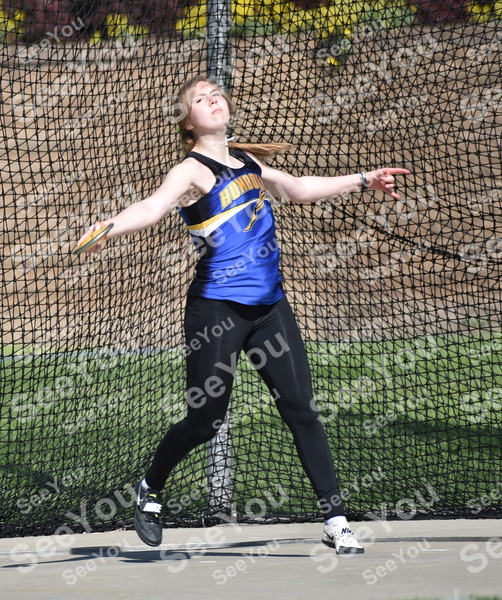 -Messenger photo by Britt Kudla<br /> Kendal Clark of Humboldt compete in Class 3A girls Discus on Thursday in Des Moines