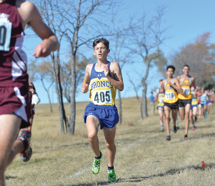 Bud Denega | The Sheridan Press<br /> Sheridan's David Standish races during the state cross-country meet at the Sheridan Veterans Affairs Medical Center Saturday, Oct. 20, 2018.