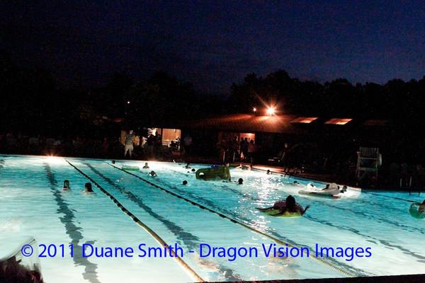 Gators late night swim 20110617