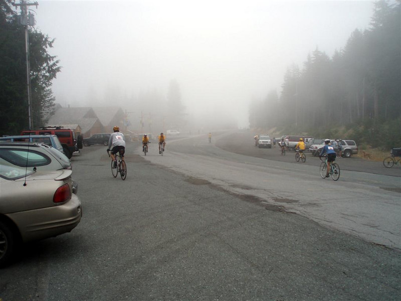 A chilly, foggy first rest stop at Ski Bowl (Government Camp).  8:26am (1:21 elapsed time), 3650 ft.
