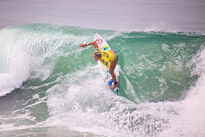Bethany Hamilton Shredding on day two of the Supergirl Pro 2013.